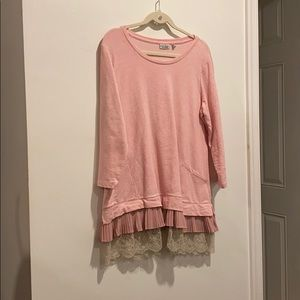 LOGO pink shirt long w pleated and lace trim